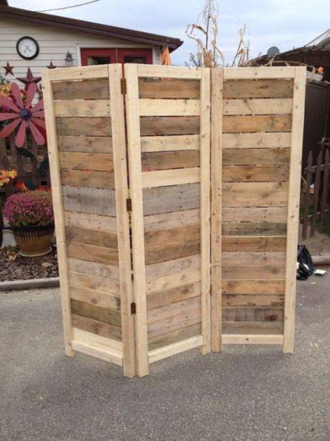 Paravent en bois de palette et peinture recyclés www