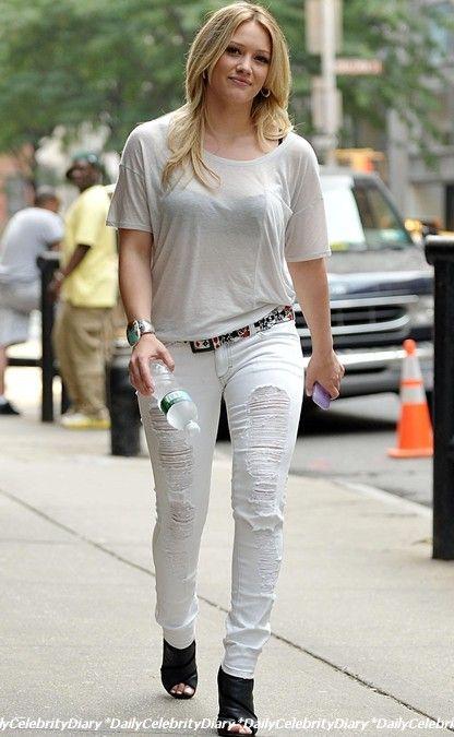 4日 ヒラリー・ダフ Hilary Duff...
