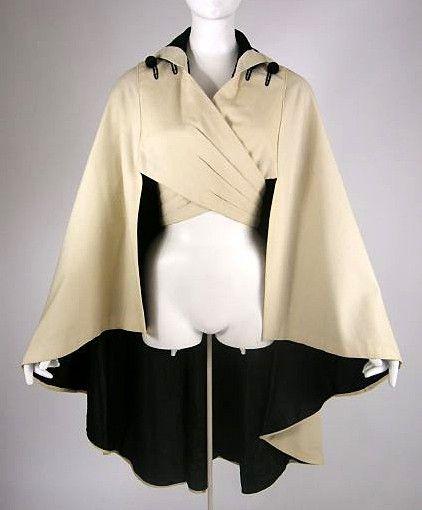 vintage Edwardian cashmere cape 1912 - looks a bit sci-fi, love it! Edwardian Clothing, Edwardian Fashion, Vintage Fashion, Victorian Dresses, Edwardian Era, Fashion 1920s, Victorian Corset, Vintage Beauty, Historical Costume