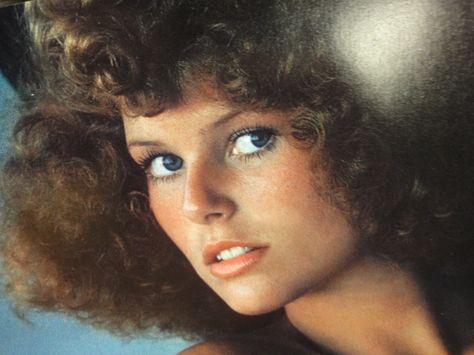 Christie Brinkley Color Photo Signed Autograph - Guaranteed Autographs