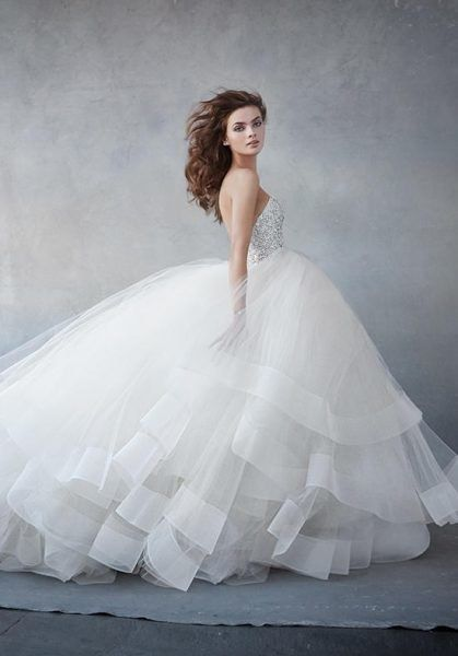 Go To A Say Yes To The Dress Appointment And We Ll Tell You What Kind Of Wedding Dress You Are Lazaro Wedding Dress Ball Gown Wedding Dress Ball Gowns Wedding