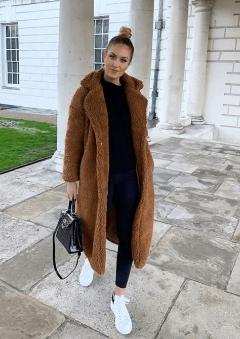 Stylish and affordable brown Teddy coat Winter Coat Outfits, Winter Fashion Outfits, Autumn Winter Fashion, Fall Outfits, Winter Birthday Outfits, Winter Coats Women, Stylish Winter Coats, Winter Mode, Cute Casual Outfits