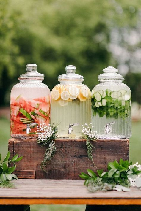 outdoor wedding drink ideas for small intimate weddings