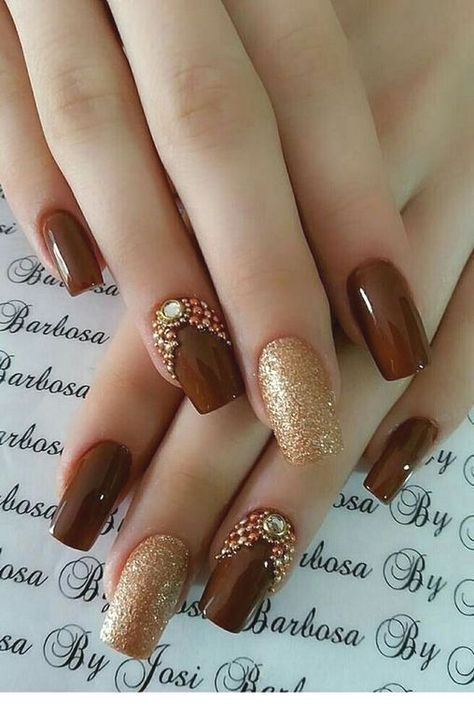 77 Trendy Brown Nail Art Designs and Ideas : Brown nail designs are of great diversity because they have dominated the market since a long time ago. At present, more than 35 kinds of brown nail designs have a large number of fans all over the world. Light Brown nail design or dark brown nail d #Trendy #Brown #Nail