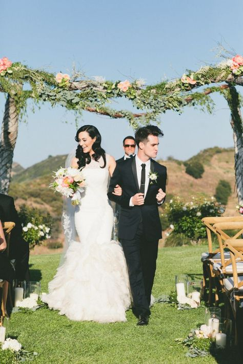 Sarah and Brendon Urie (of Panic! At The Disco) has a charmingly beautiful Malibu wedding. Photography by onelove photography.