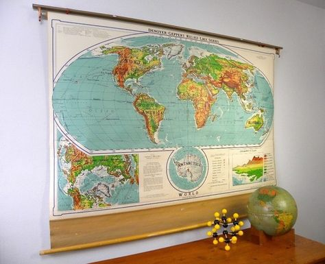 Classroom Pull Down World Map.Fantastic 1963 Pull Down World Map Classroom Roller Map Denoyer