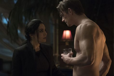 Martha Higareda & Joel Kinnaman in season 1 of Altered Carbon. Photo: Katie Yu/Netflix #AlteredCarbon #ybinge #iNickR #BingeWorthy #BingeWatch #Netflix
