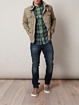 khaki sneakers, dark jeans, plaid shirt, khaki-colored canvas jacket great Fall look Like the kicks