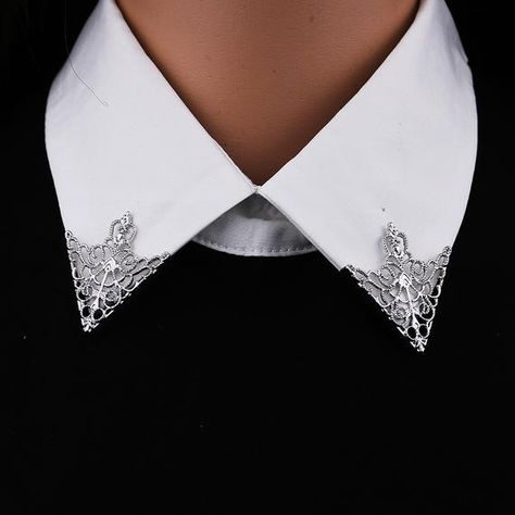 Vintage Accessories, Jewelry Accessories, Fashion Accessories, Fashion Jewelry, Moda Vintage, Vintage Mode, Victorian Collar, Collar Tips, Stylish Shirts