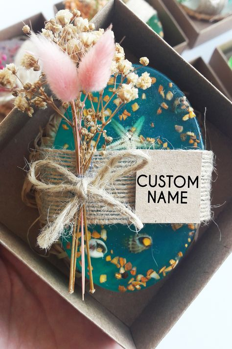 This soap wedding favors are unique gifts for your most precious day. We have designed the favors with dried flowers and with high quality soaps in the market. Our soap favors can be personalized and designed for your every request. #weddingfavors #oliveoilfavors #scentfavors #baptismfavors #guestsfavors #personalizedfavors #autmnfavors #coronafavors #covidfavors