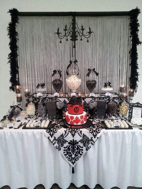 Elegant Black White Themed Party I Really Like The Bow