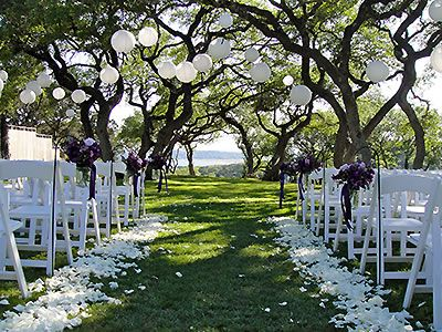 Nature S Point Weddings Price Out And Compare Wedding Costs For Ceremony Reception Venues In Austin Texas Location Pinterest