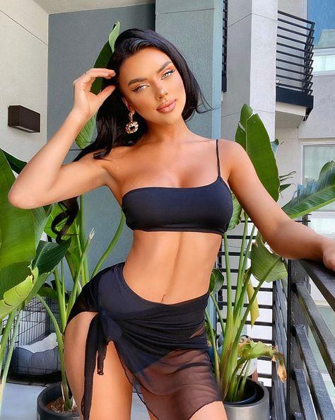 #blackbikini #blackswimsuit #twopiecebikini #bathingsuit #tanning #coverup #bikini #black #summer #swimsuit #poolparty #poolpartyoutfit #vegaspoolparty #vegas #poolsice #bathingsuittop #bathingsuitcoverup #bathingsuitcover #bikinioutfits
