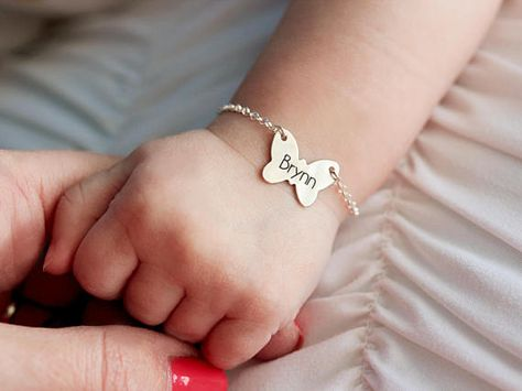 Personalized Baby Bracelet - Baby Girl Bracelet, Baby Shower Gift, Custom Baby Gift, Our Personalized Baby Bracelets are a perfect gift for new mamas, baby.I want this for my daughter so wont get switch at birth.