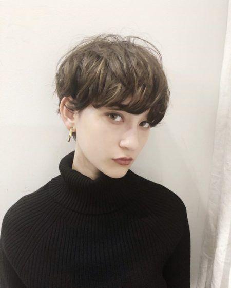 ショート ショートボブ 髪の量が多い人におすすめヘアスタイル 髪型 Lala Magazine ララマガジン ショートヘア ショートのヘアスタイル ショート パーマ