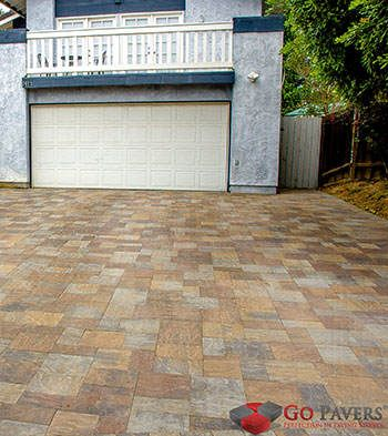 View Driveway Pavers Pictures And Design Ideas Get An Online Cost Estimate Per Square Foot For Your Installation Project In Los Angeles O