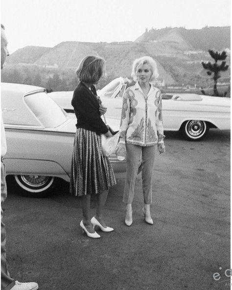 1962-06-30-tim_leimert_house-pucci_jacket-car_park-by_barris-040-2
