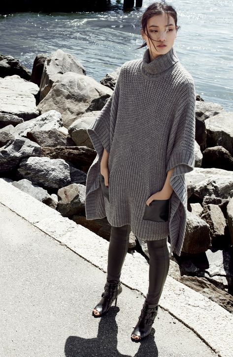 Obsessed! This cape is perfect for the upcoming autumn weather.
