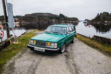 "wonderful German BREKINA-modelcar VOLVO 144 /""NOTARZT/"" 1972 HO-scale 1//87 red"