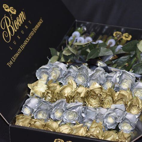 💛 Make a statement with a custom arrangement. Contact us to create something that you want but can't find on our website. We'll make it happen! #BloomLuxury #luxuryroses #gold #platinum #custom #1of1 #contactus