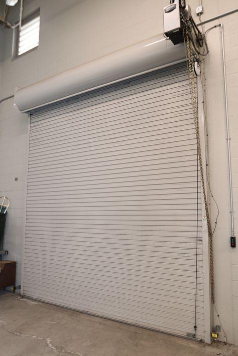 Item 10 Lift Master Overhead Garage Door Approx 155 Wide Includes Safety Sensors Interi Overhead Garage Door Overhead Garage Overhead Door