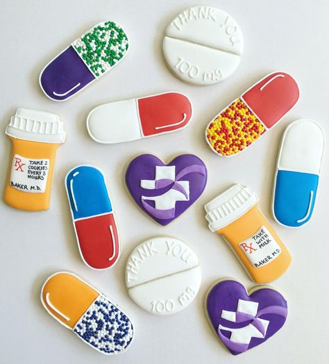 Take 2 and call me in the morning! Pharmacy students wrapping up their first rotation wanted to say thanks to the hospital staff! Nurse Cookies, Iced Cookies, Royal Icing Cookies, Fun Cookies, Cupcake Cookies, Sugar Cookies, Cupcakes, Decorated Cookies, Pharmacy Cake
