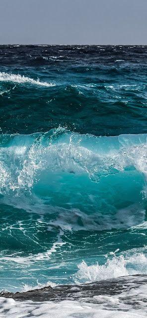 Top 10 Water Splash Iphone 11 Hd Wallpapers In 2020 Sea Waves Ocean Wallpaper Ocean Waves