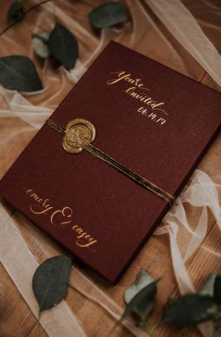 Ideas Wedding Invitations Box Creative In 2020 Box Wedding Invitations Beach Wedding Invitations Burgundy Wedding Invitations