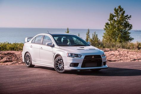 Mitsubishi might bring back the Lancer Evolution, report