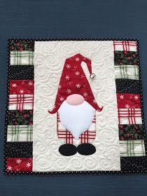 Christmas Mug Rugs, Christmas Gnome, Quilted Christmas Gifts, Quilted Table Runners Christmas, Quilted Gifts, Christmas Quilting Projects, History Of Quilting, Mug Rug Patterns, Christmas Decorations