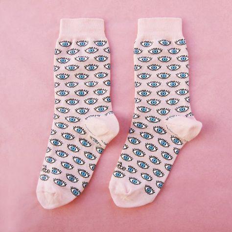 Voici les chaussettes Coucou Suzette!  Taille Unique (A peu près 36-41) Composition: 72% Coton, 27% Polyamide, 1% Elastane.  Réalisés en France en