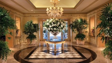 20 Amazing Hotel Flower Arrangements Ideas Hotel Flowers Hotel Flower Arrangements Flower Arrangements