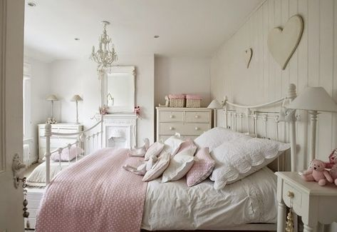 Camera da letto shabby chic: 15 idee romantiche ...