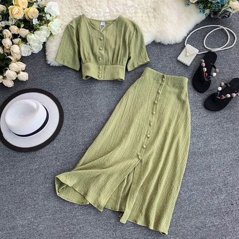 MUMUZI Fashion women outfits 2019 short design front buttons tops and long skirt set solid color side open skirt and blouse 🌿 ✨ . Teen Fashion Outfits, Look Fashion, Korean Fashion, Fashion Dresses, Fashion Design, Fashion Women, Long Skirt Fashion, Long Skirt Outfits, Emo Outfits