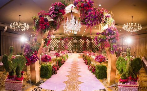Prashe Decor Is A Wedding Design Company Specializing In Floral
