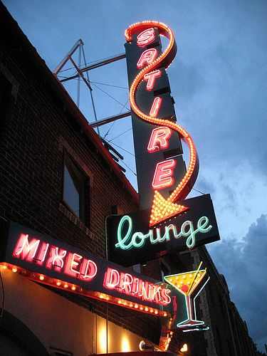 Satire Lounge Denver Co Vintage Neon Signs Neon Signs Neon