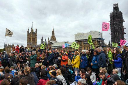 Arrest Us Please Extinction Rebellions Path To Success Latest World News Rebellion New World