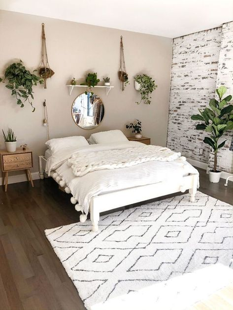 75+ Minimalist Bedroom Decor Inspiration to Make You Cozy - A bedroom is thought to be a location where you can be yourself. For that reason, it will become ess - #bedroom #Cozy #Decor #decorationchambre #decorationdiy #decorationideas #homedecoration #Inspiration #Minimalist