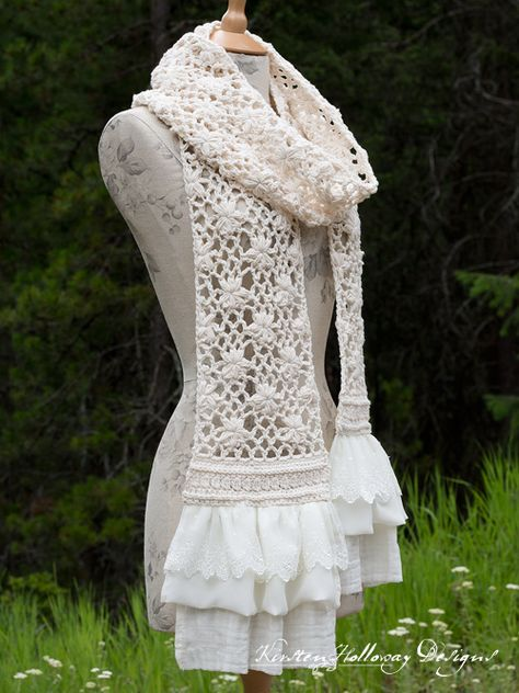 Crochet Lace Scarf, Crochet Scarves, Crochet Stitches, Free Crochet, Crochet Patterns, Ravelry Crochet, Scarf Patterns, Lace Knitting, Hand Crochet