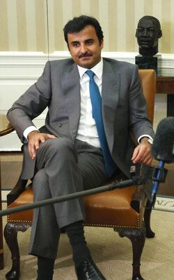 Hh Sheikh Tamim Bin Hamad Al Thani In The Early Years الأمير تميم بن حمد Qatar Fashion Style