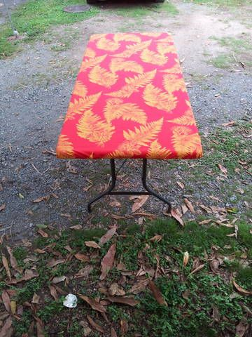 Hawaiian Printed, Elastic, Fitted Table Cloth, 6 Feet In Length. Water Proof