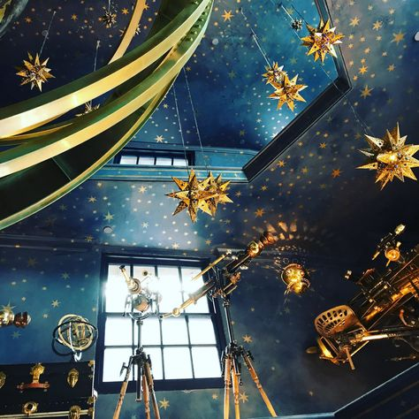 6 magical moments you shouldn't miss at harry potter's wizarding world Cosmos, Hogwarts Houses, Blue Aesthetic, My New Room, Ravenclaw, Decoration, Interior And Exterior, Harry Potter, In This Moment