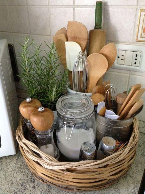 A simple natural fiber storage basket for the utensils… - Diy home decor - Honorable BLog#basket #blog #decor #diy #fiber #home #honorable #natural #simple #storage #utensils