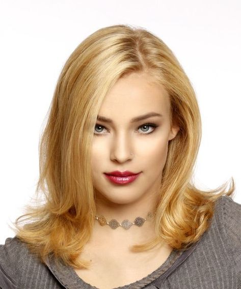 95a04aff28709 Medium Straight Casual Bob Hairstyle - Strawberry Blonde Hair Color