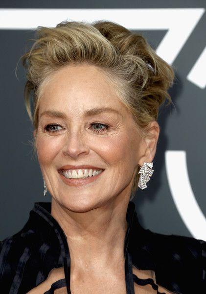 Sharon Stone Photos Photos 75th Annual Golden Globe Awards Arrivals Sharon Stone Short Hair Sharon Stone Hairstyles Short Hair Styles