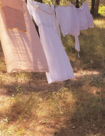 The Happy Cottage Summer Aesthetic Picnic At Hanging Rock Photo