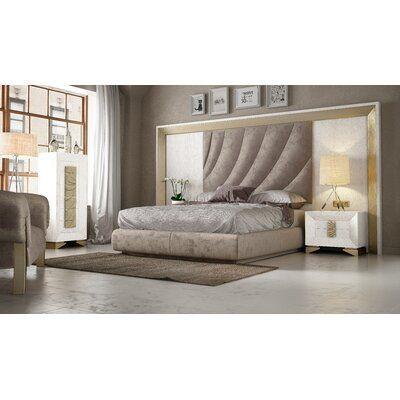 Everly Quinn Jerri Standard 4 Piece Bedroom Set Bed Size Queen Color White Natural Oak Einrichten Hau Platform Bedroom Sets Bedroom Set Bedroom Bed Design