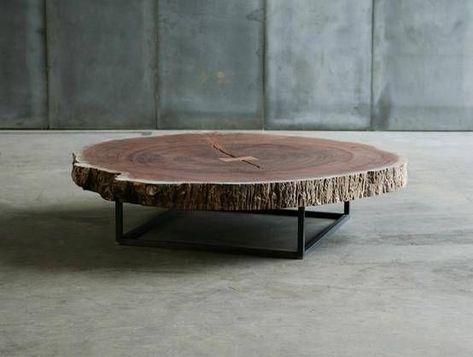 Pour Un Cote Nature En Interieur Cette Table Basse Est Presentee Comme Un Tronc D Arbre Table Basse Bois Table Bois Brut Mobilier De Salon