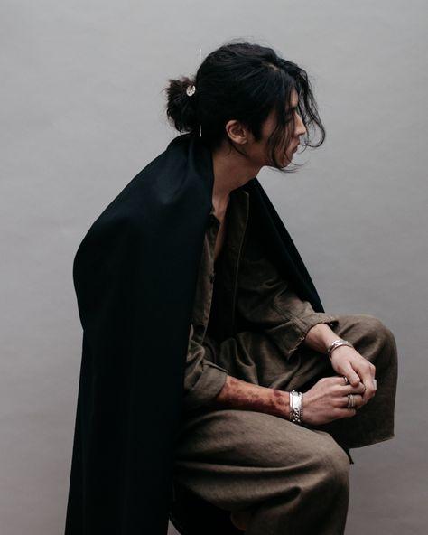 Kintsugi, the Japanese art of repair Human Poses Reference, Pose Reference Photo, Hair Reference, Asian Male Model, Poses References, Body Poses, Male Poses, Male Models Poses, Pretty People