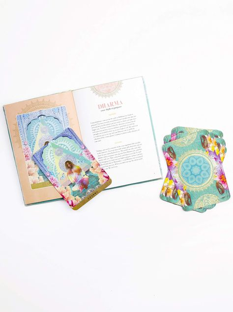 A Yogic Path Oracle Deck and Guidebook (Keepsake Box Set): Ketabi, Sahara Rose, Noel, Danielle: 9781465483706: Amazon.com: Books